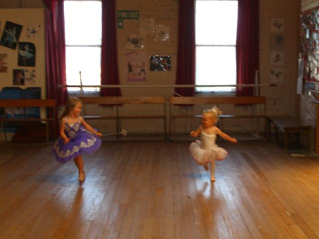 Dunedin School of Ballet & Dance